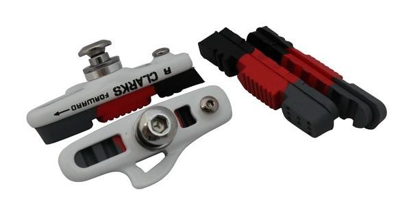 Klocki hamulcowe CLARK'S CPS240 SZOSA (Shimano, Campagnolo, Warunki Suche i Mokre, Biała estetyczna obudowa) 55mm czarno-czerwone-szare + 2x dodatkowe wkładki